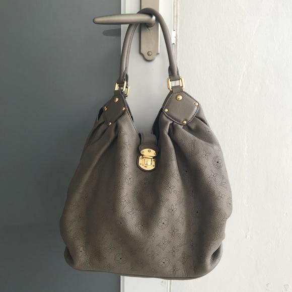 Louis Vuitton Handbags - Louis Vuitton Mahina L Taupe-Excellent condition 5f234e97d56